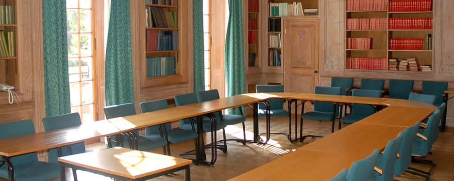 Conference Room - De Morney